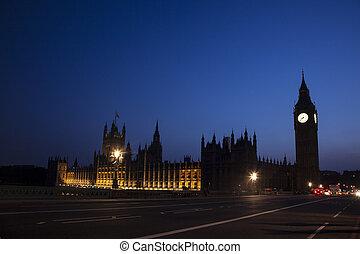 Big Ben at dusk