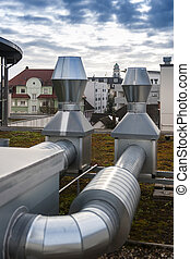 Air conditioning units pipes on roof - Air conditioning...