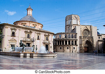 Plaza del al Virgen - Plaza of the Virgen in Valencia, Spain