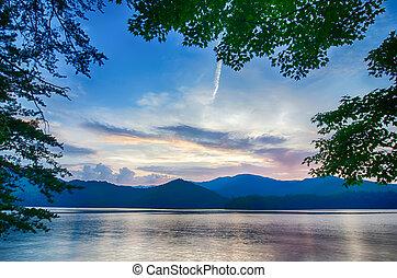 lake santeetlah in great smoky mountains north carolina -...
