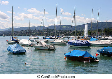 Zurich Lake marina - sailboats and motorboats. Swiss resort.