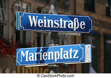 Marienplatz - Weinstrasse and Marienplatz - street and...