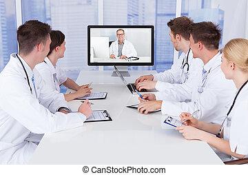 medicos, teniendo, vídeo, conferencia,...