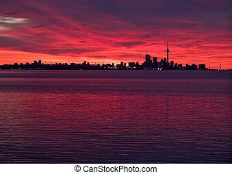 Toronto skyline before sunrise - Skyline of Toronto, Ontario...
