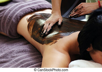 Beautiful woman in spa salon - Beauty, health Attractive...