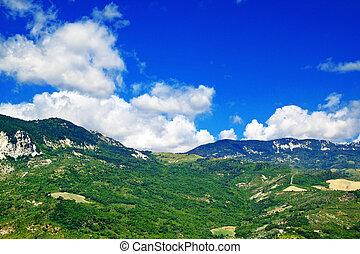 Abruzzo countryside undecies - Abruzzo landscape from Tocco...