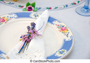 nosegay napkin ring - Dainty nosegay napkin ring tied around...