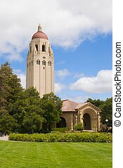 Hoover Tower at Stanford University - Hoover Tower Near Art...