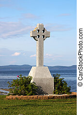 Celtic Cross by ocean - A celtic cross memorial with a view...