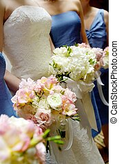 Bridal bouquets with bridesmaides bouquet - Image of a...