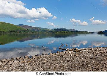 Derwent Water Lake and catbells - Derwent Water Lake...