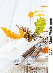 Autumn table setting - festive place setting for autumn...