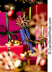 Blue Present amidst Straw Stars - Unicolored Christmas gifts...