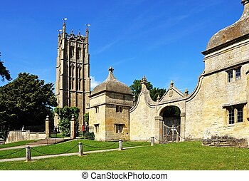 St James church, Chipping Campden. - St James church and the...