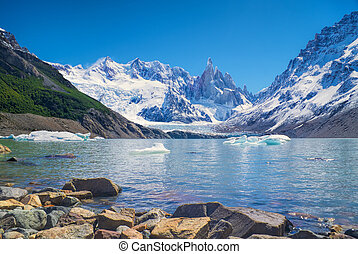 Los Glaciares National Park - Panoramic view of a lake in...