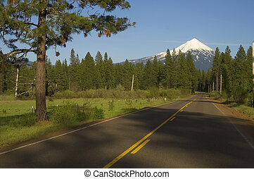 Mount McLoughlin Oregon Highway - Oregon Lake and Mt...