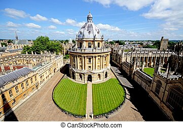 Radcliffe Camera, Oxford. - Elevated view of Radcliffe...