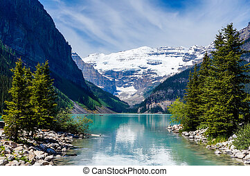 Beautiful Lake Louise with Victoria Glacier in the...