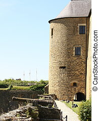 Canons and castle of Sedab from the 16th century in Sedan....