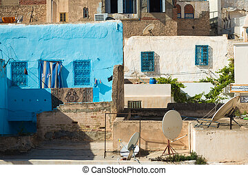 Traditional Tunisian Buildings (2) - Collection of...