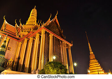 Wat Phra Kaew at night, Temple of the Emerald Buddha,...