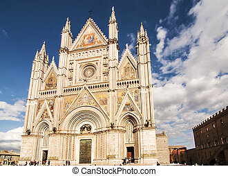 Orvieto Duomo - ORVIETO - OCTOBER 23: the famous gothic and...