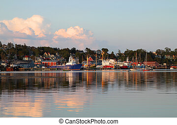 Lunenburg, Nova Scotia - Fishing boats along the harbor...