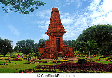 Trowulan - Bajang Ratu gate graceful relics of the kingdom...