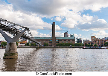 Tate Modern in London - Tate Modern, Millennium Bridge and...