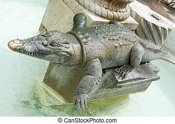 crocodile statue in Nimes - crocodile statue, Nimes symbol...