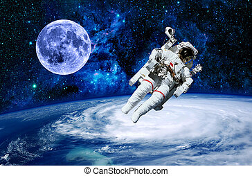 Astronaut Earth Moon Space - Astronaut moon Earth space...