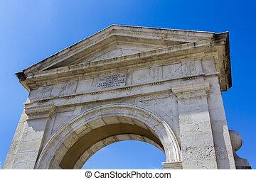 Arco monumental llamado Puerta de Madrid, en Alcala de...