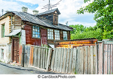 Old Little Houses in Kiev - Kiev/Ukraine - June 11, 2006 -...