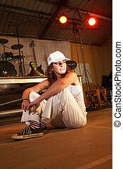 Caucasiano, Freestyle, hip-hop, dançarino