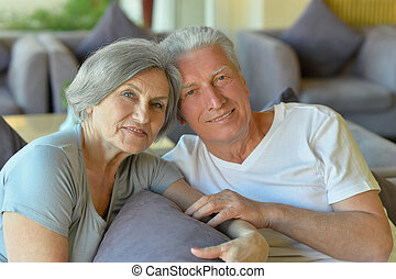 Old couple went to a resort vacation - Nice old couple went...