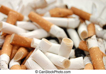 cenicero, Lleno, Cigarrillo, empalma