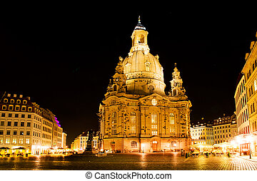 Dresden at night. Frauenkirche wiev.