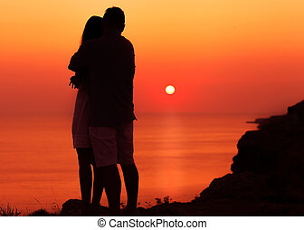 silhouette couple in love