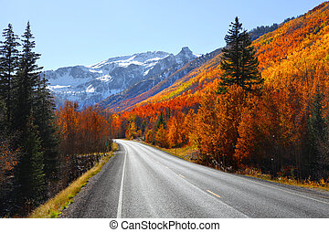 Million dollar highway - Scenic Million dollar high way in...