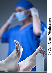ouvrier, morgue, étiqueté, corpose