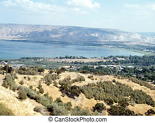 The Sea of ??Galilee 2010 - The Sea of ??Galilee against the...