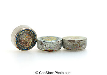 button cell battery - rusty of button cell battery