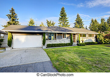 House exterior with curb appeal - One story house with stone...