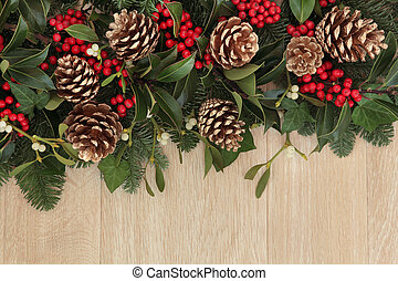 Holly and Pine Cone Border