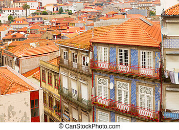 old houses in historic part of town, Porto