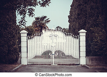 portões, branca