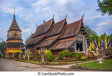 Wat Lok Moli is a Buddhist temple in Chiang Mai, northern...