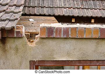roof demolish