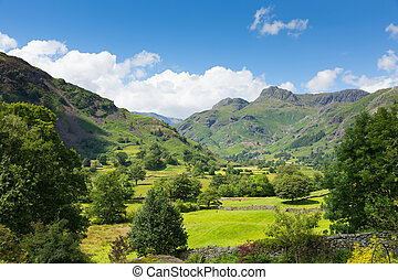 Langdale Valley The Lakes Cumbria - Langdale Valley Lake...