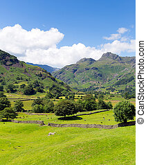 Langdale Valley Lake District uk - Langdale Valley Lake...